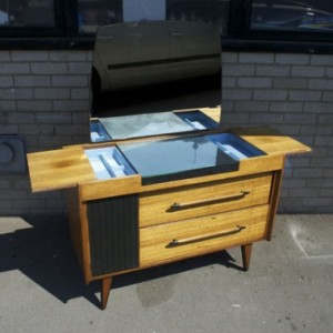 1970s-Dressing-Table-%C2%A3170-5-Thumb-380x380