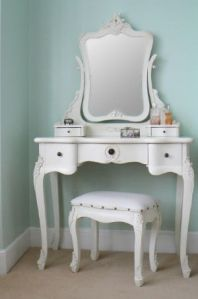 chateau-vintage-style-antique-cream-dressing-table-mirror-stool-set-laura-215-p[ekm]300x454[ekm]