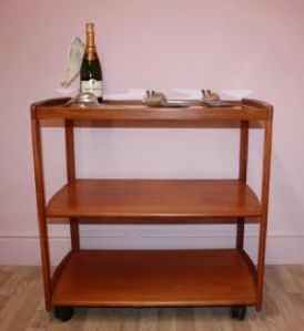 large-original-vintage-teak-tea-trolley-with-glass-feature-top-shelf-sold-4792-p[ekm]300x328[ekm]