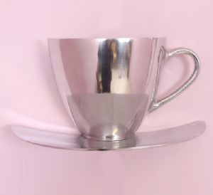 silver-cup-saucer-wall-hanging-extra-large-aluminium-free-postage-due-mid-nov-4108-p[ekm]300x274[ekm]