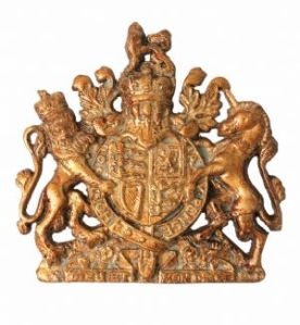 small-hand-painted-gold-royal-warrant-coat-of-arms-wall-plaque-free-postage-due-end-nov-1599-p[ekm]300x325[ekm]