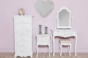 Distressed heart set (440x293)