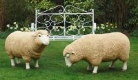 pair-of-life-size-standing-grazing-sheep-223-p[ekm]200x116[ekm]